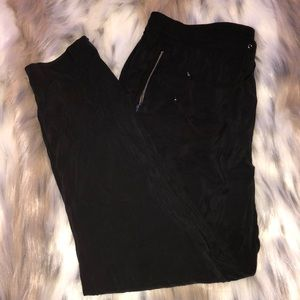 Jones New York dress pants-Black.